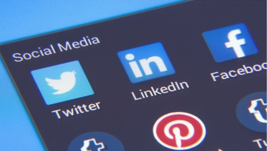 Adding Social Media to your Local Business Listing