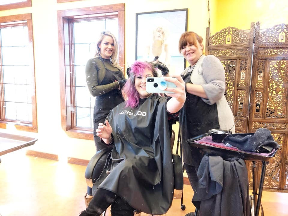 Outer Banks Hair Salon/Stylists